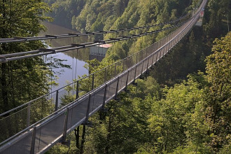 longest pedestrian suspension bridge 2367282 480